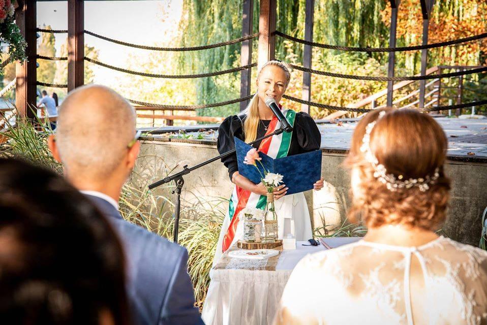 Edina ❤ Gergő csodaszép őszi esküvője